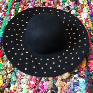 Black studded sun hat
